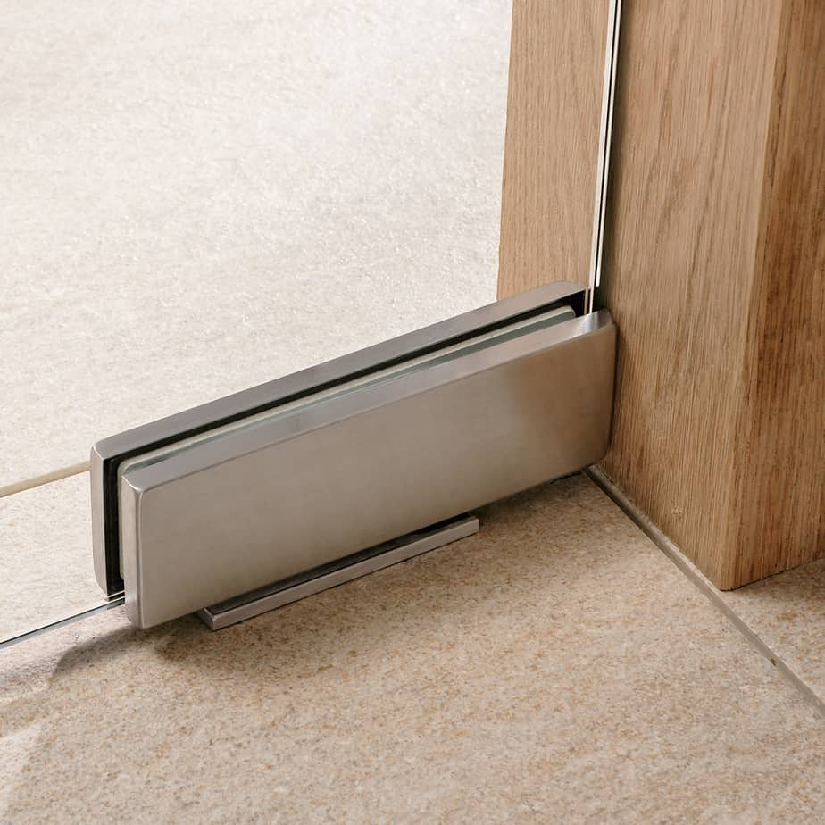 Patch fittings typical application for glass door with patch fittings - Dorma Universal Patch Fitting